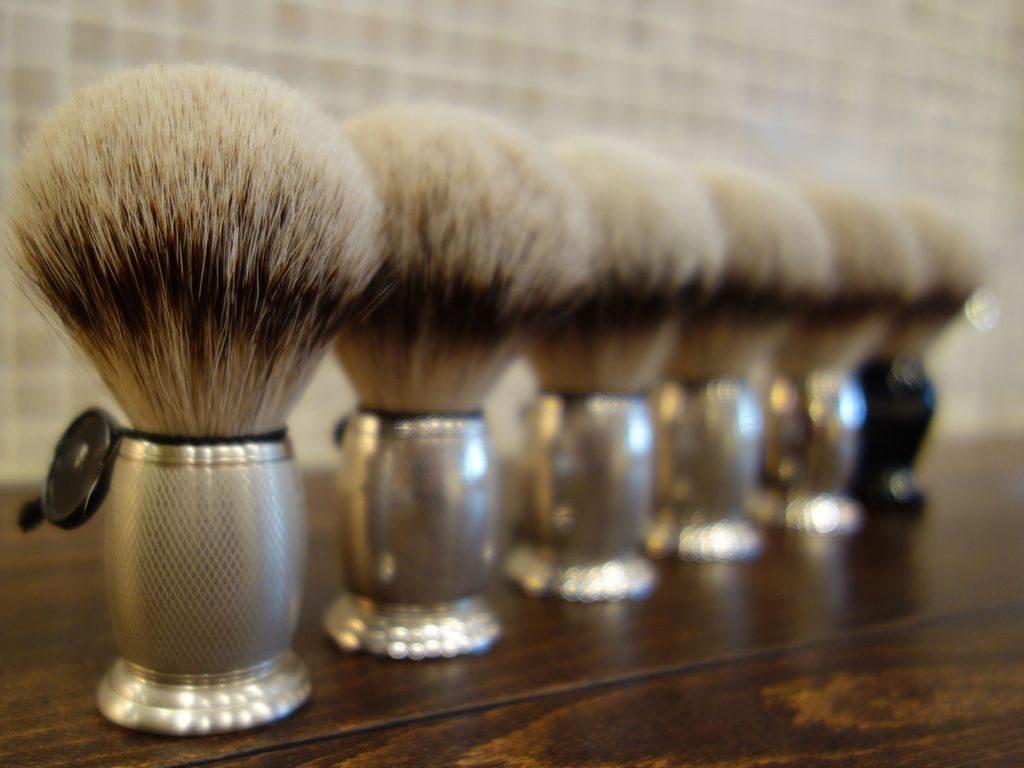 レオム・art of shavingのヒゲブラシ